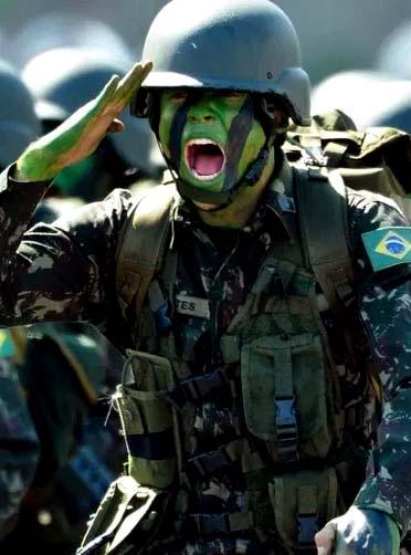200108-Militares